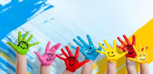 mani colorate bambini