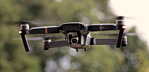 drone-2724257_640