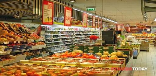 supermercato blocco tir