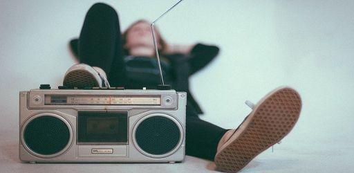 radio-2588503_640